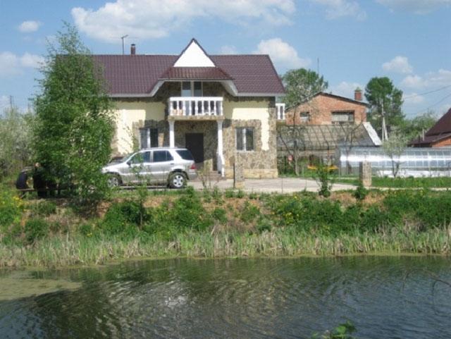 дом в Долгопрудном